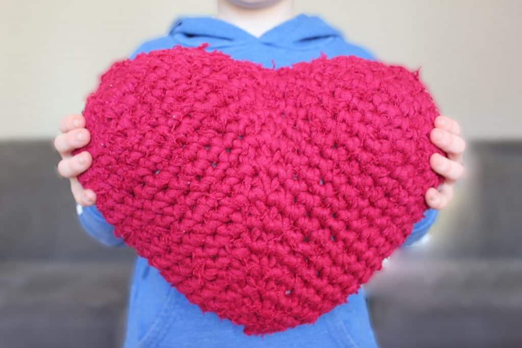 Crochet Heart Cushion - Fuzzy T Shirt Yarn