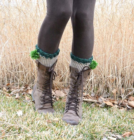 Mama in a Stitch - Shamrock boot cuffs