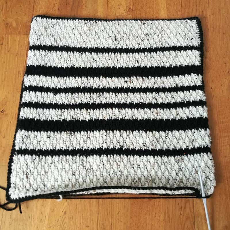 Black & white crochet cushion stripes