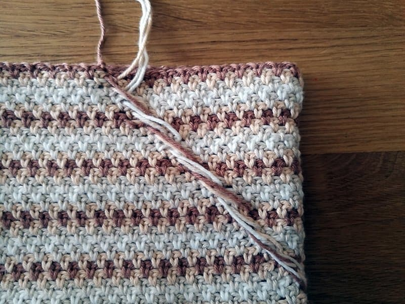 crochet zip pouch wrong side back before zip
