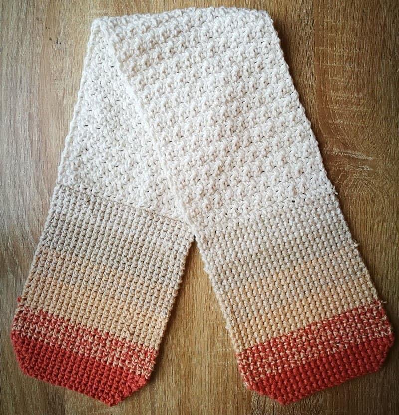 Crochet oven mitt - 2 hot pads joined