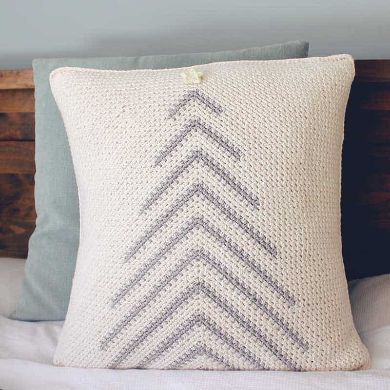 crochet christmas tree pillow