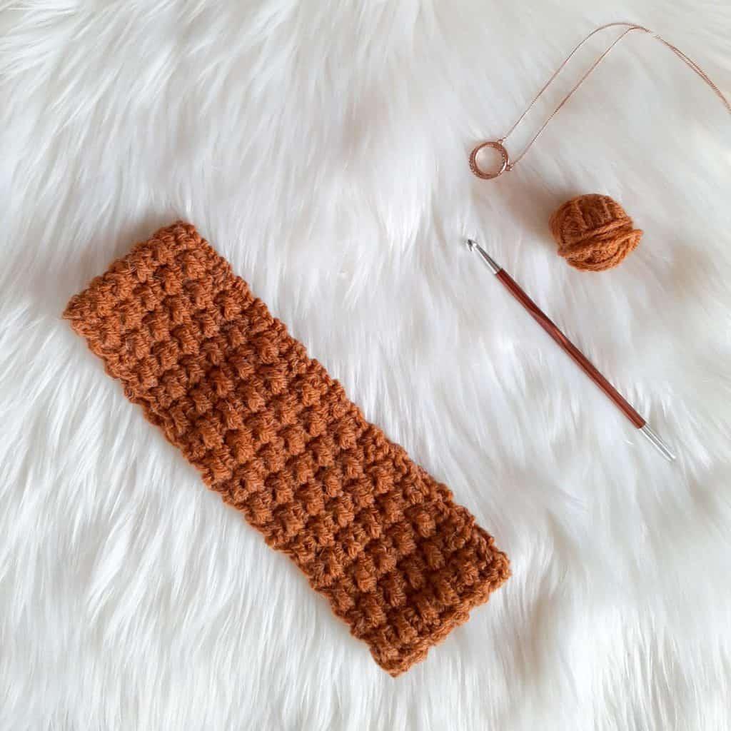 Crochet Headband + hook and yarn