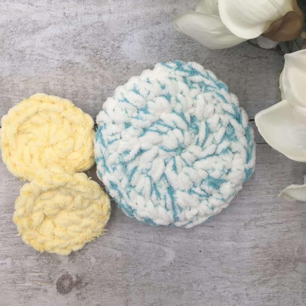 Luxe Spa Scrubby Set by Through the Loop Yarn Craft