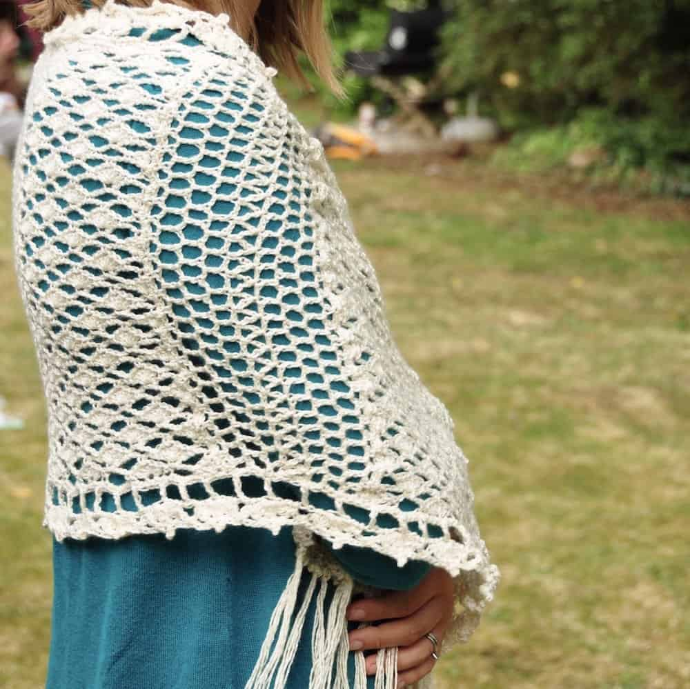 Vintage Lace Shawl by HanJan Crochet