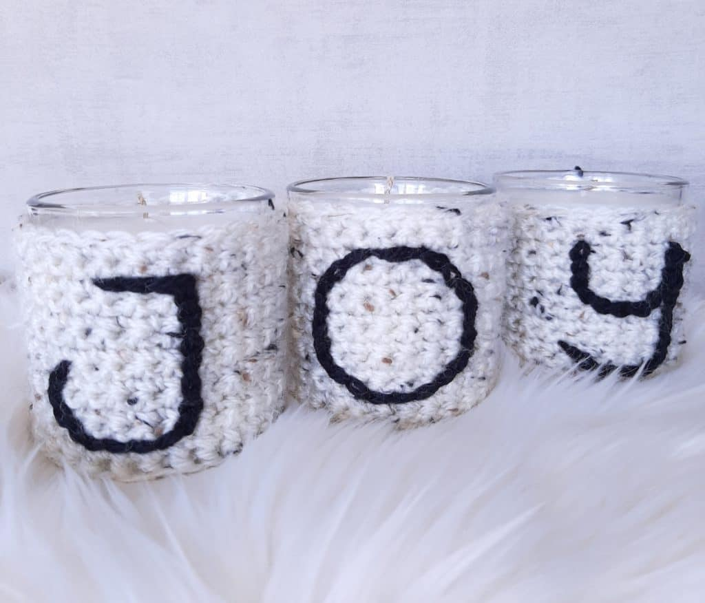 Free Christmas Crochet Pattern - JOY Jar Covers