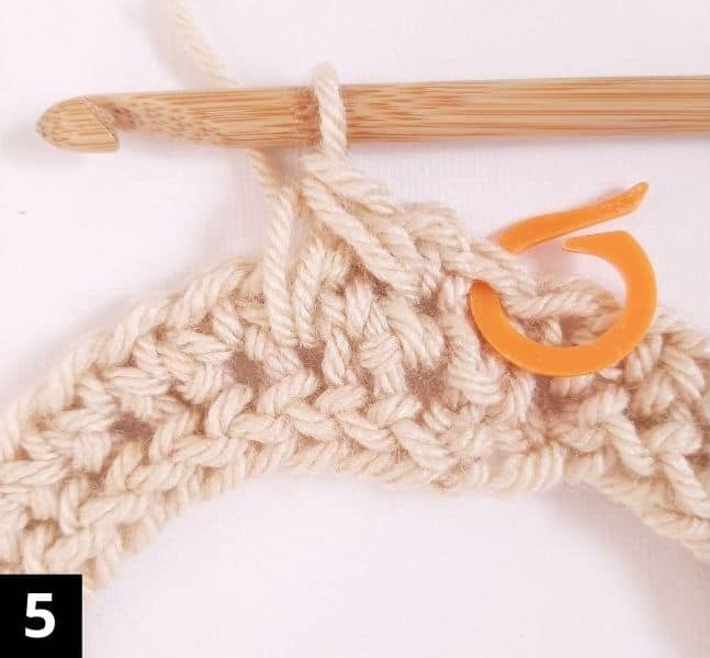 How to Crochet the Diagonal Chevron Stitch - step 5