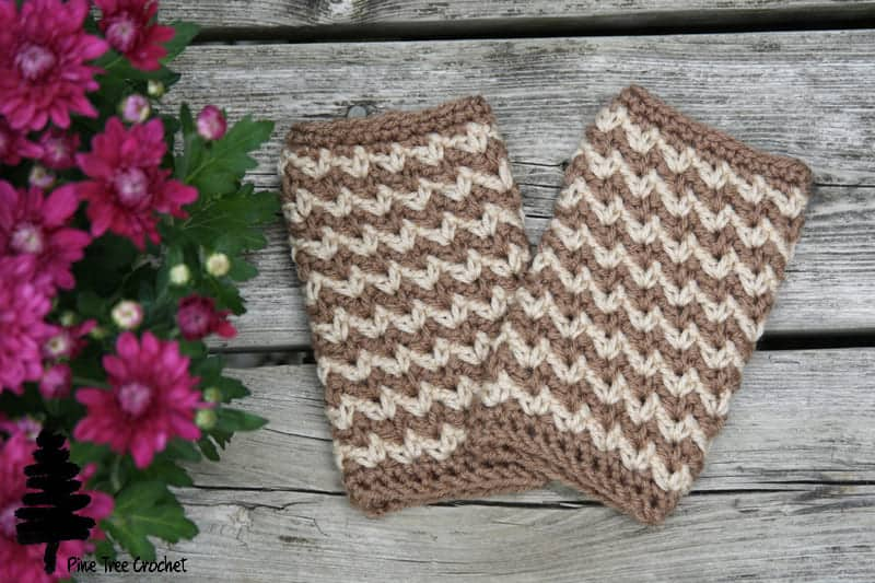 Autumn Crunch Fingerless Gloves by Whitney @ Pine Tree Crochet
