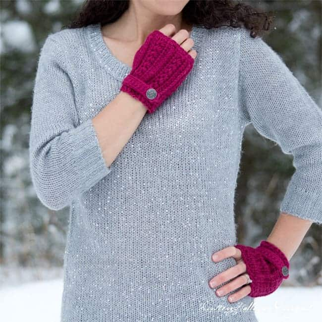 Heartstrings Fingerless Gloves by Kirsten @ Kirsten Holloway Designs