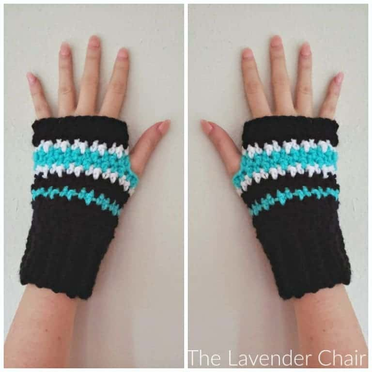 Houndstooth Fingerless Gloves by Dorianna @ The Lavender Chair