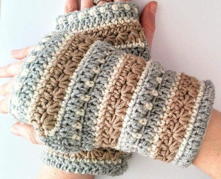January Sky Wrist Warmers by Cat @ Crochet Cloudberry