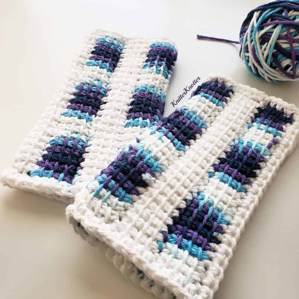 Easy Tunisian Mittens – Free Pattern by Arunima @ Knitter Knotter