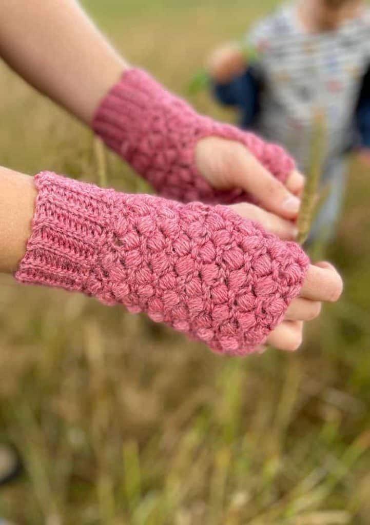 Pink Puff Stitch Crochet Mittens by Hannah @ HanJan Crochet