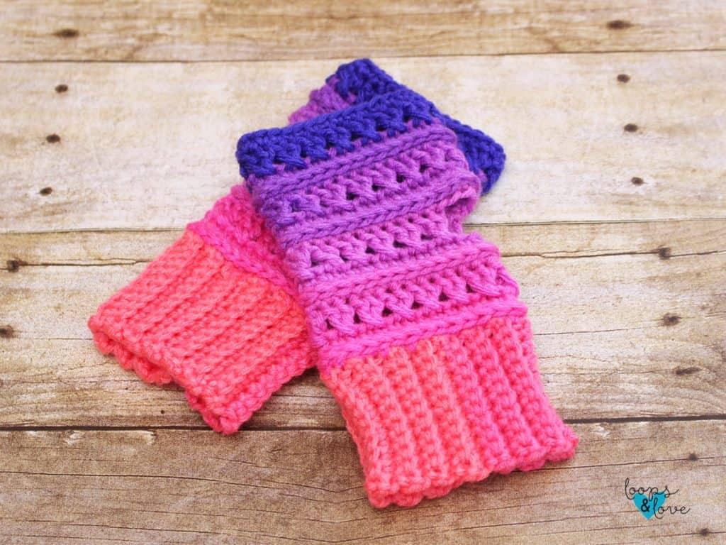 Criss Cross Fingerless Gloves by Amanda @ Loops & Loves Crochet
